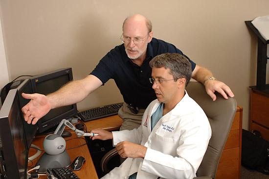 Sergei Kurenov and Juan C. Cendan, MD, an associate professor of surgery.
